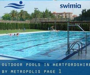 Outdoor Pools in Hertfordshire by Metropolis - page 1